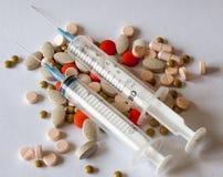 Différents genres de pilules motrices Photo stock