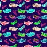 Différents styles du ` s de messieurs et des chaussures du ` s de dame dans l'amour, avec l'inscription, palette de couleurs au n illustration stock