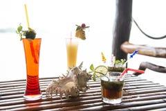 Différents types de cocktails tropicaux thailand Photo stock