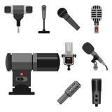 Différents types musique de microphones d'entrevue de vecteur de journaliste d'icônes annonçant l'outil vocal de l'outil TV Photo libre de droits
