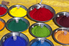 Different color powders on market in India Royalty Free Stock Photos
