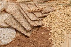 Different kinds of products made from wheat, expanded wheat, die Stock Photo