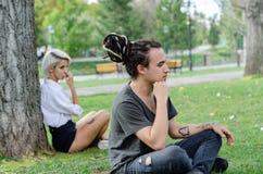 Difficultés de relations : Jeunes couples ayant des problèmes photo libre de droits