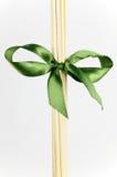 Diffuser (Zerstäuber)steuerknüppel und grüner Bogen lizenzfreie stockfotografie