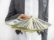 Diffusione della donna di affari di soldi (U.S.Dollars) Fotografia Stock Libera da Diritti