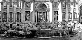 difontana roma trevi Arkivbilder