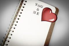 Dig och mig text i emty bok eller dagbok Royaltyfri Fotografi