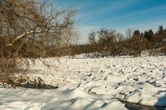 Diga del ghiaccio sul fiume di Housatonic Immagine Stock