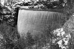 Diga del Vajont in berg Stock Afbeelding