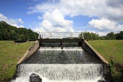 Diga dell'acqua del lago Immagini Stock