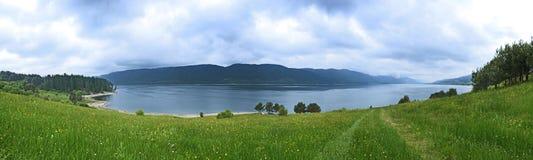 Diga della montagna panoramica Fotografie Stock Libere da Diritti