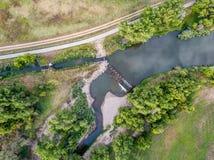Diga di diversione del fiume - vista aerea Fotografia Stock