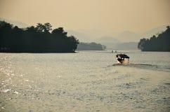 Diga di Kaeng Krachan nel parco nazionale di Kaeng Krachan a Phetchaburi Tailandia Fotografie Stock
