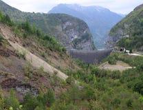 Diga di Vajont veduta dalla frana 2 di toc del monte Fotografia Stock