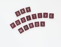 Diga las palabras positivas con las letras curvadas Foto de archivo libre de regalías