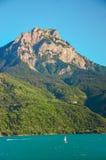Diga Serre-Ponson Fiume Durance A sud-est della Francia Hautes-Alpes La Provenza Immagine Stock