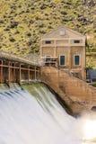 Diga su un fiume dell'Idaho in primavera Fotografie Stock Libere da Diritti