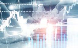 Digital aktiemarknad Finansiell pinne f?r stearinljus f?r diagram f?r aff?rsaktiemarknadgraf Forexhandel Mynt och megapolis arkivbilder