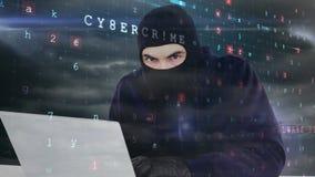 Digital animering av en hacker i svart kläder som hackar bärbara datorn i datorhall stock video