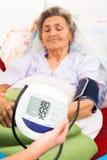 Digital-Blutdruck Lizenzfreie Stockbilder