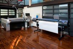 Digital-Drucken - breiter Formatdrucker Stockbilder