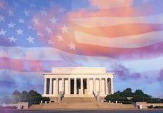 Digital förändrad sammansatt sikt av Lincoln Memorial och amerikanska flaggan Arkivbild
