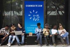 Digital globale explorent la mise en réseau de technologie Image libre de droits