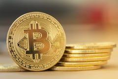 Digital guld- Bitcoin - materielbild arkivbilder