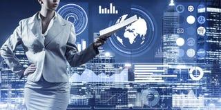 Digital-Hintergrund mit infographs und Erweiterungspapieren Dame oder Lizenzfreies Stockfoto