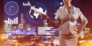 Digital-Hintergrund mit infographs und Erweiterungspapieren oder Vertrag Dame Stockbild