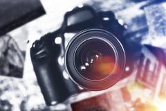 Digital kamera och tryck royaltyfri foto