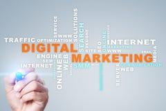 Digital-Marketing-Technologiekonzept Internet Online Suchmaschinen-Optimierung SEO SMM bekanntmachen Wortwolke lizenzfreies stockfoto