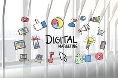 Digital-Marketing-Text umgeben mit verschiedenen Ikonen im Büro Stockbilder