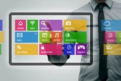 Digital minnestavla med färgrika app-symboler Royaltyfri Foto