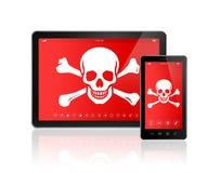 Digital minnestavlaPC och smartphone med ett piratkopierasymbol på skärmen Royaltyfri Foto