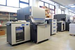 Digital-Offsetdrucken - Presse mit vier Farben Lizenzfreie Stockbilder