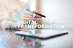 Digital omformning, begrepp av digitization av aff?rsprocessar och modern teknologi fotografering för bildbyråer