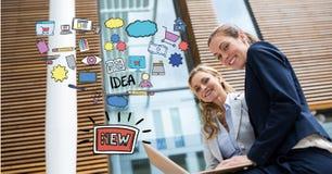Digital sammansatt bild av affärskvinnor med bärbara datorn vid det nya idédiagrammet stock illustrationer