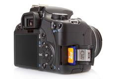 Digital slr getrennt auf Weiß Lizenzfreie Stockfotografie