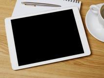 Digital-Tablet auf Schreibtisch Lizenzfreies Stockbild