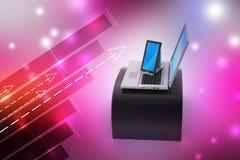 Digital-Tablet-Computer und -laptop Lizenzfreie Stockfotografie