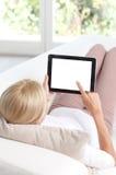 digital tabletkvinna Arkivbild