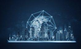 Digital-Tablette mit Gebäudehologramm und Verbindungstechnologie des globalen Netzwerks Element dieses Bildes werden von der NASA stockfoto
