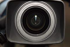 Digital-Videokamera (nahe Vorderansicht) Lizenzfreies Stockbild