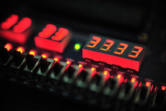 Digital-Zahl auf PWB-Vorstand Stockfotografie