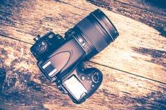 Digitale Camera op Hout Stock Afbeelding