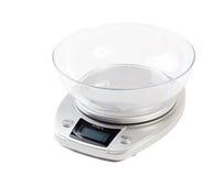 Digitale die keukenschaal op wit wordt geïsoleerd Stock Fotografie