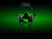 Digitale muziek op hoofdtelefoons Stock Foto's