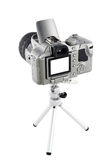 Digitalkamera auf Stativ Lizenzfreie Stockfotos