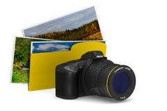 Digitalkamera und Ordner auf weißem Hintergrund Lokalisiertes illus 3D Lizenzfreie Stockfotos